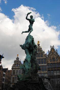 Silvius Barbo Fountain, Antwerp./J.Stolte