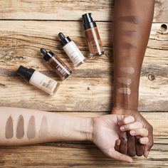 Fresh Nude Foundation is a light & hydrating foundation, available in 16 semi matte shades with SPF 15 protection to complete that fresh-faced natural look. Body Shop At Home, The Body Shop, Ultra Beauty, Beauty Boost, Body Shop Skincare, Eco Friendly Makeup, Prop Styling, Make Up Your Mind, Mind Body Soul