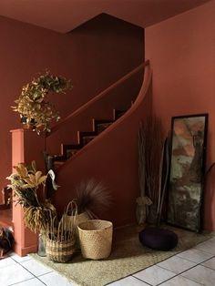 Michell Lott's Sao Paolo Home Is a Technicolor Dream Contemporary Interior, Modern Interior Design, Modern Decor, Terra Cotta Paint Color, Entryway Paint, Entryway Ideas, Color Terracota, Pintura Exterior, Austin Homes