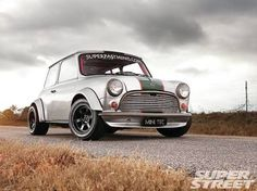 1964 Austin Mini Cooper - The <strike>Italian</strike> JDM Job Mini Cooper Custom, Mini Cooper Classic, Classic Mini, Classic Cars, Mini Morris, My Dream Car, Dream Cars, Automobile, Mini Copper