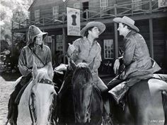 Joel McCrea ranch | ... Joel McCrea, Bob Burns and Frances Dee (Iverson Ranch) Paramount