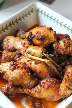 The Savory Lemon Chicken Spicy Dishes, Curry Dishes, Savoury Dishes, Duck Recipes, Indian Food Recipes, Asian Recipes, Malaysian Cuisine, Malaysian Food, Malay Food