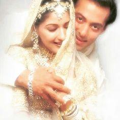 Bollywood Images, Bollywood Couples, Indian Bollywood, Bollywood Actors, Wedding Couple Photos, Wedding Couples, Black Girl Art, Art Girl, Hum Saath Saath Hain