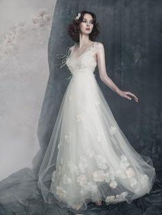 北欧発*Papilio(パピリオ)のウェデングドレスが蝶々みたいにロマンチック♡にて紹介している画像