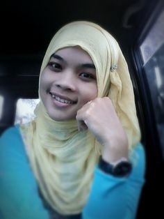 She is pretty on her hijab..