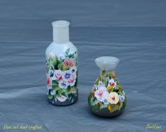 Miniature glass vase set hand-painted with acrylic and varnished with gloss. Only one set is made. Height of the items: and 16 cm. Sea Flowers, Mixed Media Painting, Hand Painted, Painted Vases, Decorative Objects, Painting & Drawing, Framed Art, Decoupage, Glass Vase