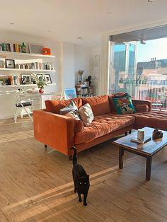 Dream Home Design, House Design, Orange Sofa, Living Room Orange, Orange Rooms, Living Room Sofa, Living Room Apartment, Cozy Living Rooms, Living Room Modern