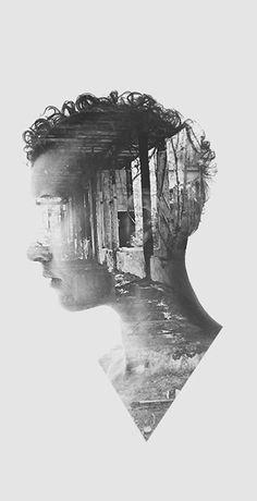 Soluk almasini duyarsin sanki, Ruzgar degil yapragi kimildatan. Gecede kaybolana coban atesi sevgi, Otesi yalan