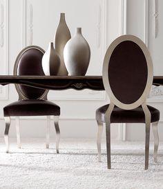 Dwa oblicza...  #chair #classic #style #home #design #cortezarri