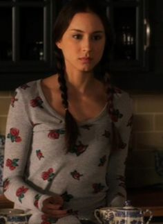 Google Image Result for http://www.youknowyoulovefashion.com/storage/prettylittleliars/season1/0118/0118_Spencer2.jpg