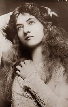 Maude Fealy,1883-1971. Born Maude Mary Hawk in Memphis,Tennessee. Appeared in her first silent film in 1911 for Thanhouser Studios, making another 18 by 1917. She did not perform in film for another 14 years. Throughout her career, M.F. taught acting. By the 1930's, she lived in CA. & at age 50 returned to acting but in lesser roles. She had 3 unsuccessful marriages but no children. Maude rests in Abbey of the Psalms Mausoleum at Hollywood Forever Cemetery.