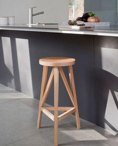 Bar stool / contemporary / oak / solid wood JL4 by Julian Löhr LOEHR