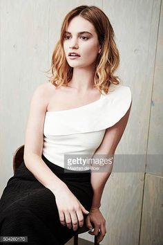 lilyjamessource: A portrait of Lily James for the TCA 16 winter panel for War and Peace. Matt Smith Lily James, Actress Lily James, Sea Dress, Bronde Hair, Lily Collins, Celebs, Celebrities, Bob Hairstyles, Hair Inspiration