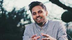 Jay Shetty is an Award-Winning Storyteller, Podcaster, and former monk who is making wisdom go viral. His inspirational messages and videos. Divorce Humor, Divorce Quotes, Dating Humor, Dating Quotes, Dating Advice, Life Humor, Man Humor, Russell Brand, Dating After Divorce