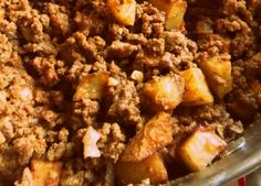 Simple and comforting, beef picadillo with potatoes is always a great recipe to enjoy on its own or as an ingredient for more elaborate creations. Beef Recipes, Mexican Food Recipes, Cooking Recipes, Beef Meals, Potato Recipes, Beef Picadillo, Beef And Potatoes, Hispanic Kitchen, Comida Latina
