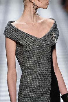 Balenciaga at Paris Fall 2015 (Details)