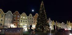 Barockstadt Schärding am Inn Advent, Christen, Christmas Tree, Holiday Decor, Winter, Home Decor, Baroque, Teal Christmas Tree, Room Decor