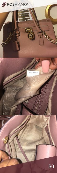 Michael Kors Hamilton satchel **TAKING REASONABLE OFFERS ONLY**This beautiful authentic dusty rose with gold accents bag is lightly used ! I take good care of all my bags , this one is in really great condition. I believe this bag style in the beautiful color dusty rose is no longer made. It is truly a beauty **puff ball NOT included Michael Kors Bags Crossbody Bags