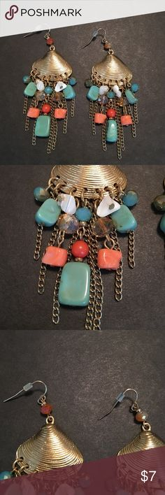 SeaShell drop Earrings Cute earrings for a beachy look - beautiful turquoise/pink/white stones Charming Charlie Jewelry Earrings