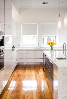Added to Modern home decoration ideas Collection in Home Decor Category Kitchen Flooring, Modern Marble Kitchen, Stylish Small Kitchen, Contemporary Kitchen, Urban Kitchen, Kitchen Room Design, White Modern Kitchen, Modern Kitchen Tables, Kitchen Design