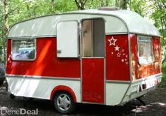 retro caravan...LOVE the door!