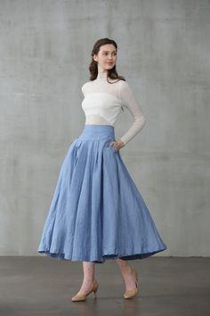 linen skirt in smoky blue/silver gray, midi skirt, skater sk Circle Skirt Outfits, Blue Skirt Outfits, Long Circle Skirt, Circle Skirt Pattern, Full Circle Skirts, Full Skirt Outfit, Circle Skirt Dress, Skirt Patterns, Coat Patterns