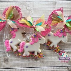 One more picture of sparkles! She loves dancing in sprinkles from ! Fancied up with a bow like all girls like for party favors ! Small Birthday Parties, Unicorn Birthday Parties, Unicorn Party, Birthday Party Decorations, Party Favors, 4th Birthday, Birthday Cakes, Iced Cookies, Royal Icing Cookies