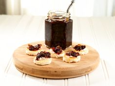 Vidalia Onion Jam | $8. Caramelized sweet onions, aged Balsamic Vinegar, and red wine create a perfect burger topping. Available at: manykitchens.com