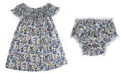 Vestido e calcinha floral para enxoval de bebê floral da loja virtual Xique Xique Brasil. Clique na foto para saber mais!