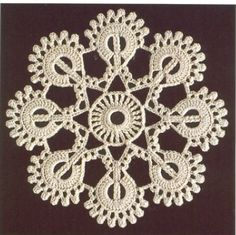 Como No Tempo da Vovó: MOTIVO EM CROCHÊ COM GRÁFICO Crochet Mandala, Crochet Granny, Irish Crochet, Crochet Motif, Crochet Doilies, Crochet Flowers, Crochet Thread Patterns, Crochet Designs, Crochet Snowflakes