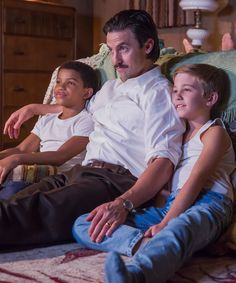 Milo Ventimiglia Is Dadding People Who Cry While Watching This Is Us
