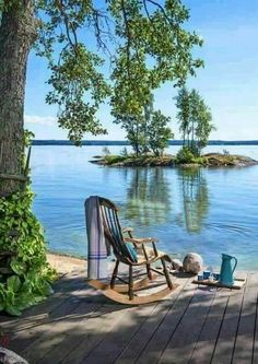 Finnish summer cottage views are often something like this! Lakeside Living, Outdoor Living, Peaceful Places, Beautiful Places, Lake Life, Belle Photo, Country Life, The Great Outdoors, Places To Go