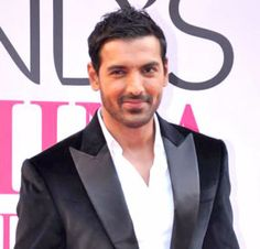 John Abraham Hairstyle, Makeup, Suits, Shoes, and Perfume - http://www.celebhairdo.com/john-abraham-hairstyle-makeup-suits-shoes-and-perfume/