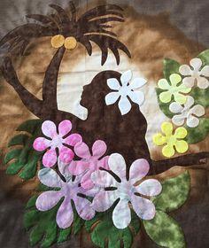 Mami's Makana Hawaiian Quilt Hawaiian Quilt Patterns, Hawaiian Pattern, Hawaiian Quilts, Baby Quilts To Make, Tahiti, Beach Quilt, Hawaiian Decor, Quilted Wall Hangings, Barn Quilts