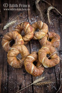 My Kitchen ‹ Photo by Edith Frincu Edith's Kitchen, Pretzel Bread, Braided Bread, Crescent Rolls, Dinner Rolls, Deserts, Food And Drink, Cooking Recipes, Favorite Recipes