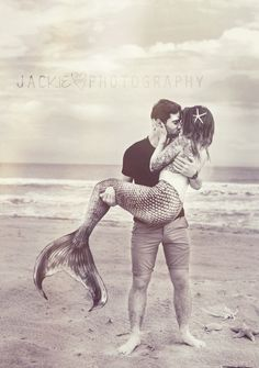 he held her like a seashell & listened to her heart #mermaid #love… Yaaaasss! Babe: happening!