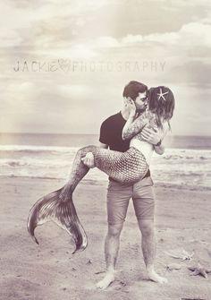 he held her like a seashell & listened to her heart #mermaid #love… Yaaaasss! Babe: happening!