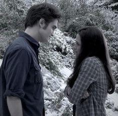 Twilight 2008, Twilight Saga Series, Twilight Cast, Twilight Pictures, Twilight Movie, Twilight Edward, Night Aesthetic, New Moon, Robert Pattinson