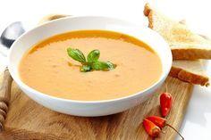 Une découverte étonnante : Soupe de Chou-fleur et poivrons rouges rôtis Chicken Soup Recipes, Easy Soup Recipes, Light Recipes, Healthy Recipes, Healthy Cooking, Cooking Recipes, Confort Food, Salty Foods, Vegetarian Soup