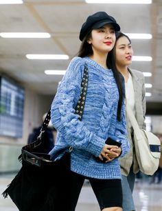 Take it from Itzy's Lia who wore her MSGM biker shorts under a bright blue knit sweater. Kpop Fashion, Korean Fashion, Fashion Beauty, Girl Fashion, Airport Fashion, Fashion Looks, Fashion Trends, I Love Girls, Airport Style