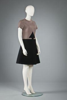 MODEMUSEUM HASSELT - Pierre Cardin (1970)