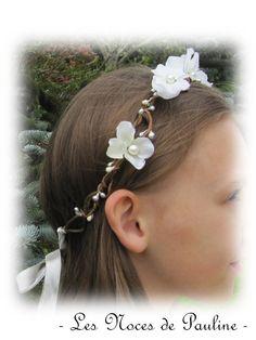 Couronne de fleurs mariage blanc et argent - Les Noces de Pauline - Valenteens Créateurs