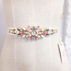 Opal Mint Crystal Bridal Belt Swarovski by HelenaNoelleCouture Hand Work Embroidery, Embroidery On Clothes, Embroidery Fashion, Hand Embroidery Designs, Beaded Embroidery, Bridal Jewellery Inspiration, Bridal Jewelry, Swarovski, Bride Belt