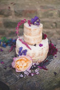 Naked cake | Bit of Ivory Photography | see more on: http://burnettsboards.com/2015/10/midsummer-nights-elopement-inspiration/