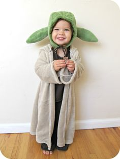 homemade by jill: comfy dress up: yoda costume. THE cutest little girl costume EVER!