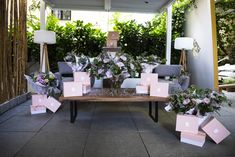 Ladies Day, Spain, Table Decorations, Luxury, Plants, Furniture, Home Decor, Decoration Home, Room Decor