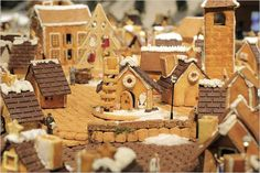 Muji Home Made Gingerbread Houses is a collection of interactive installation of 100 gingerbread houses that includes Japan famous monuments, buildings, an