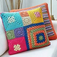 Basketweave Tunisian Crochet Pillow - Page 16 of 35 - apronbasket . Crochet Pillow Cases, Crochet Cushion Cover, Crochet Pillow Pattern, Crochet Square Patterns, Crochet Cushions, Crochet Squares, Crochet Motif, Knitting Patterns, Blanket Crochet
