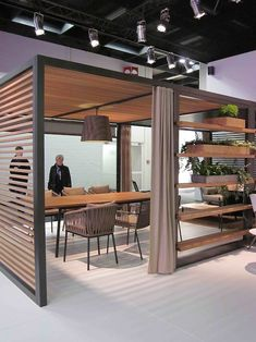retail/ exhibition stand/space, pinned by Ton van der Veer