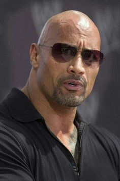Celebrities - Dwayne Johnson Photos collection You can visit our site to see other photos. The Rock Dwayne Johnson, Rock Johnson, Dwayne The Rock, Look At You, How To Look Better, Dwane Johnson, Bald Men, Celebrity Travel, Raining Men
